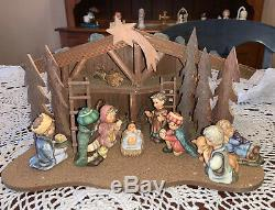 9 Piece Hummel Manger And Nativity Set in Excellent Condition