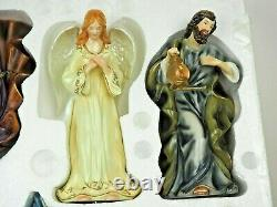 Home Interiors and Gifts 11 Pcs Nativity Noel Holy Christmas Family Figurines