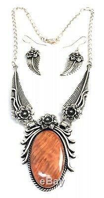 Native American Sterling Silver Navajo Spiny Oyster Feather Design Necklace Set